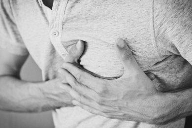 Mit jelezhet a mellkasi fájdalom?