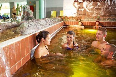 Töltse a Valentin-napot az Aqua-Palace élményfürdőben