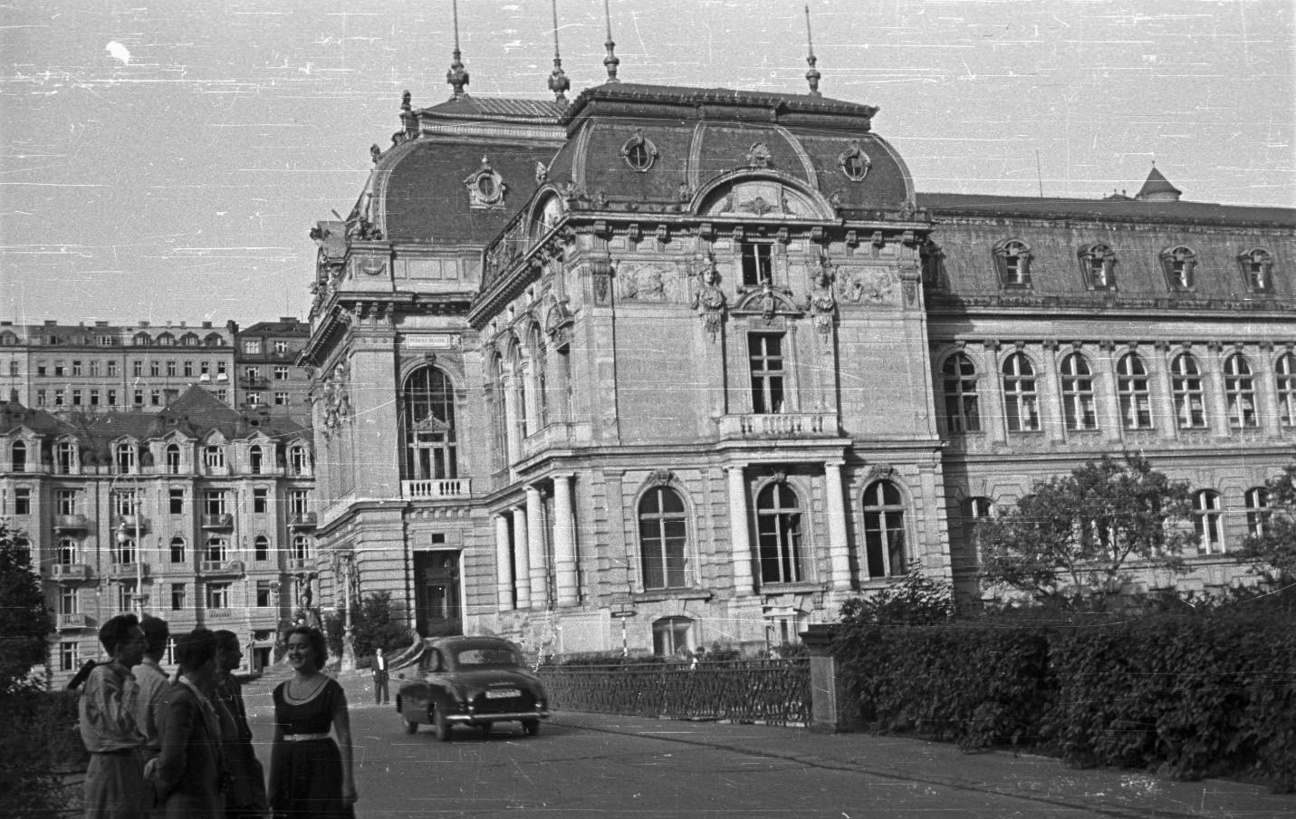 Karlovy Vary Császárfürdő 1956
