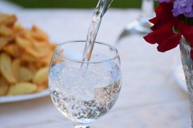 Salvus víz hatása a gyomorsavra