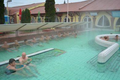 Ideiglenesen lakat kerül a szlovákiai fürdőkre