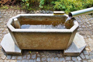 Meglepő véleménnyel volt Sebastian Kneipp a meleg vizes fürdőzésről