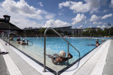 A budapesti fürdőknek a hazai vendégekre kell építeniük