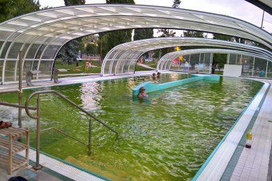 7 medencés termálstrand a határtól 2 kilométerre