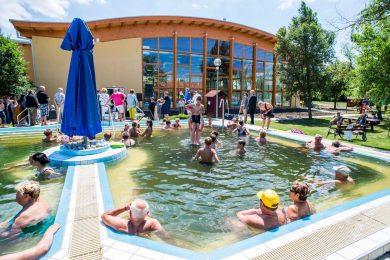 Fürdőtipp: 2 jó ár-érték arányú termálfürdő a Tiszától keletre