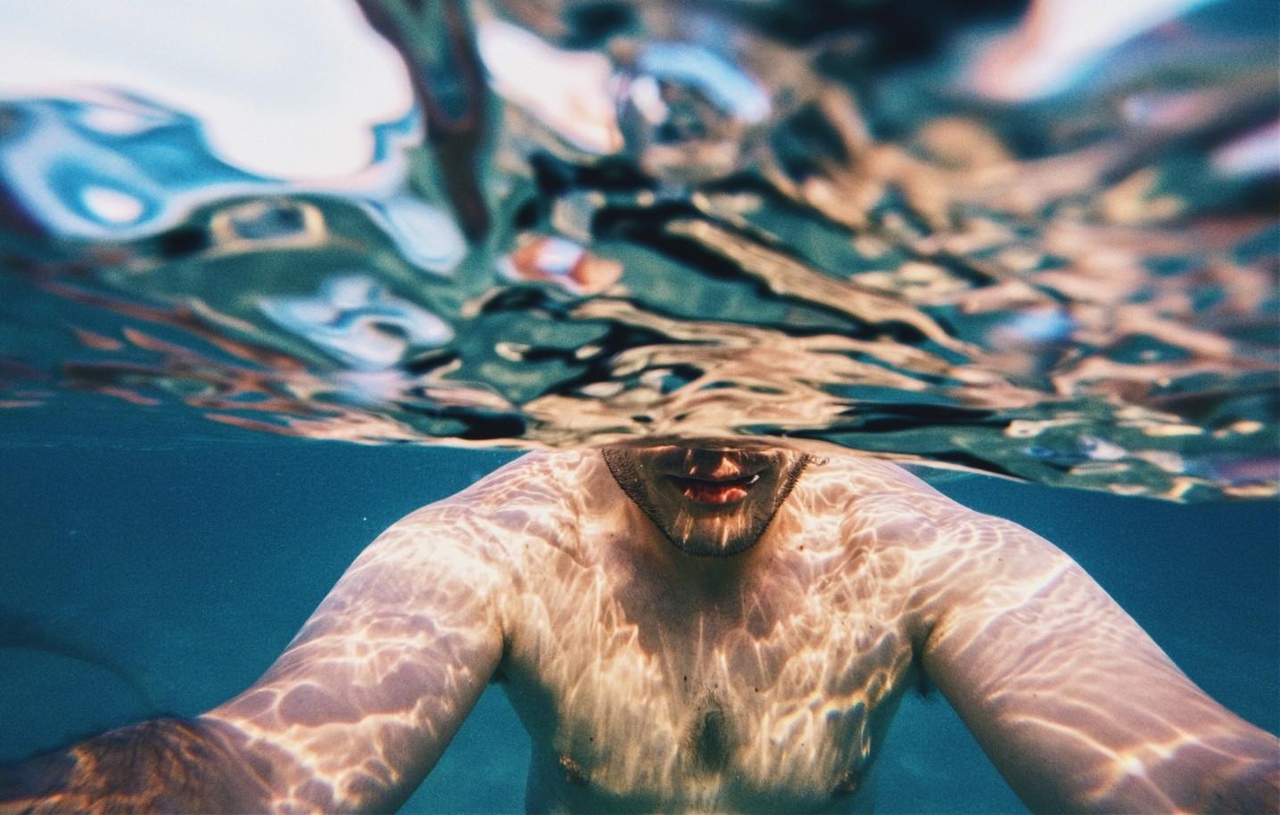 úszás hatása