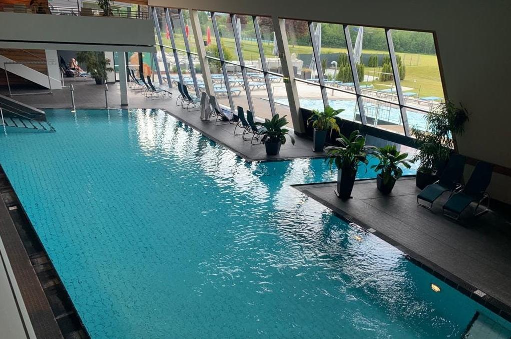Aqualux termálfürdő Ausztria