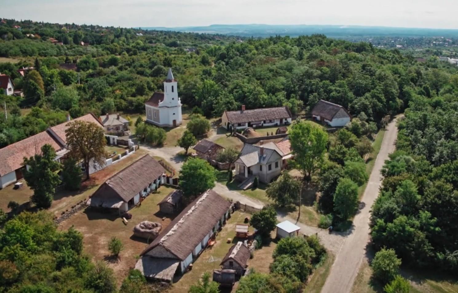 Balatonmeggyes település