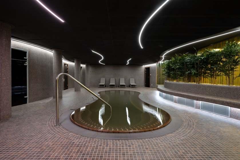 Belvárosi Sportközpont wellness medence